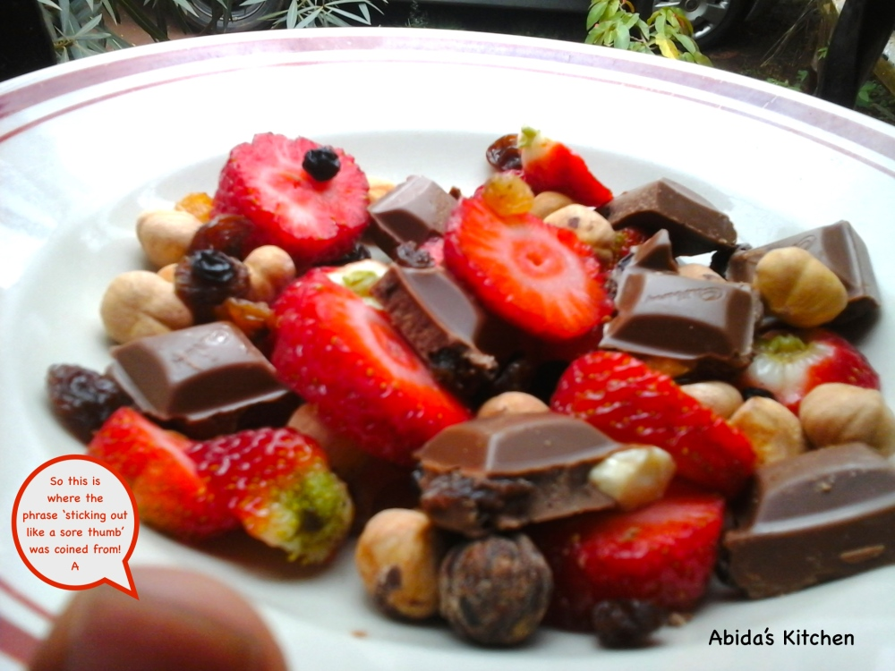 Strawberries, hazelnuts, raisins, sultana's and chocolate