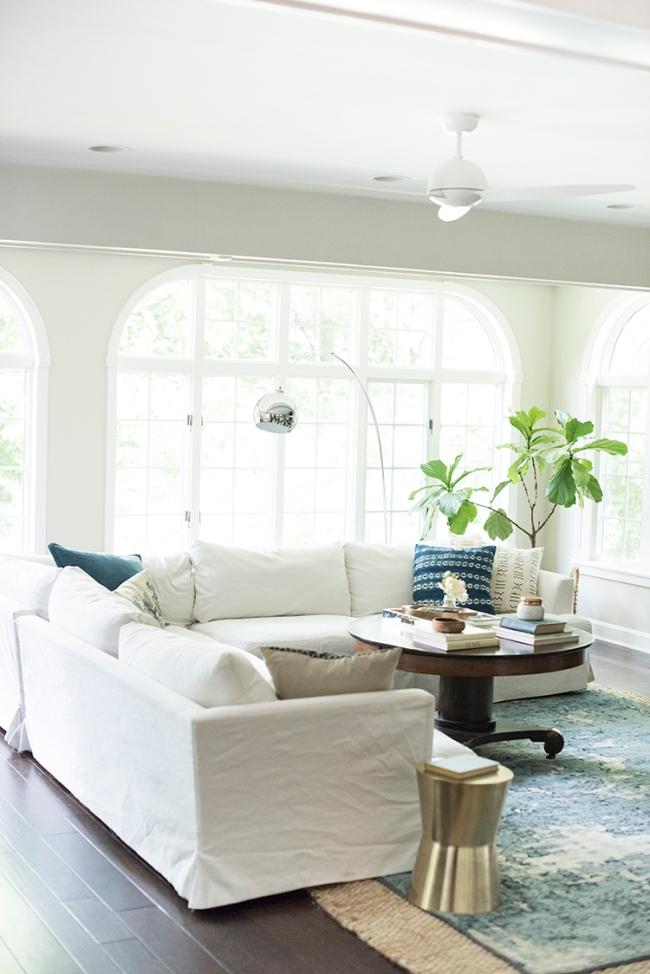 White-Sofa-Living-Room.jpg