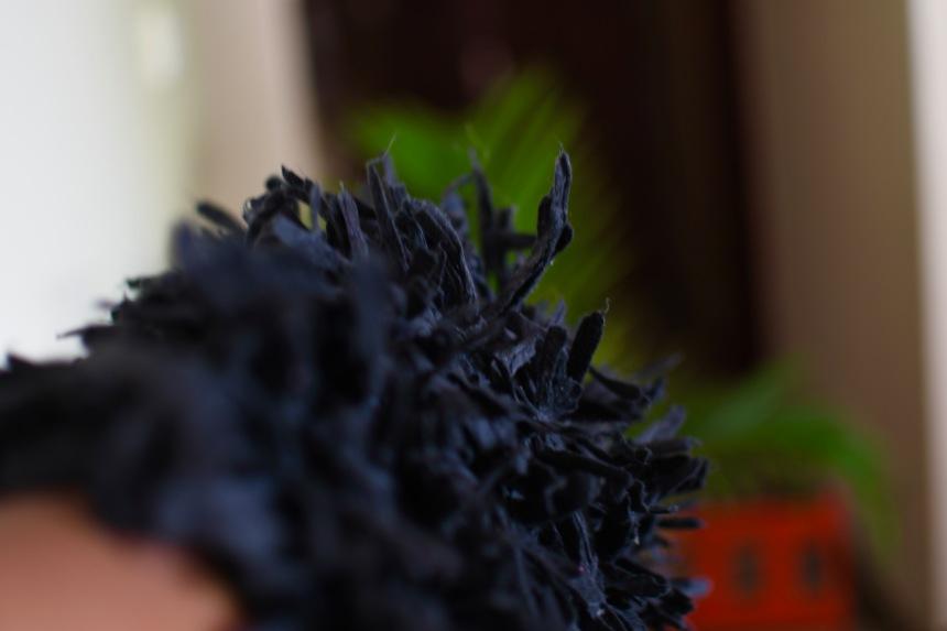 DH007b Black shag rug profile 2.jpg